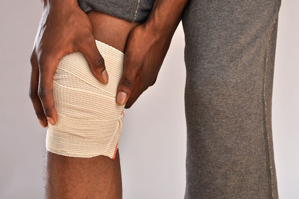 6 Reasons To See A Doctor For Knee Pain Active Implants